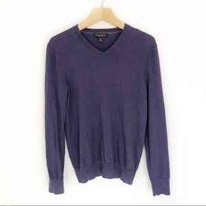 Banana Republic Sweaters - Banana Republic Merino Wool V Neck Sweater Size M